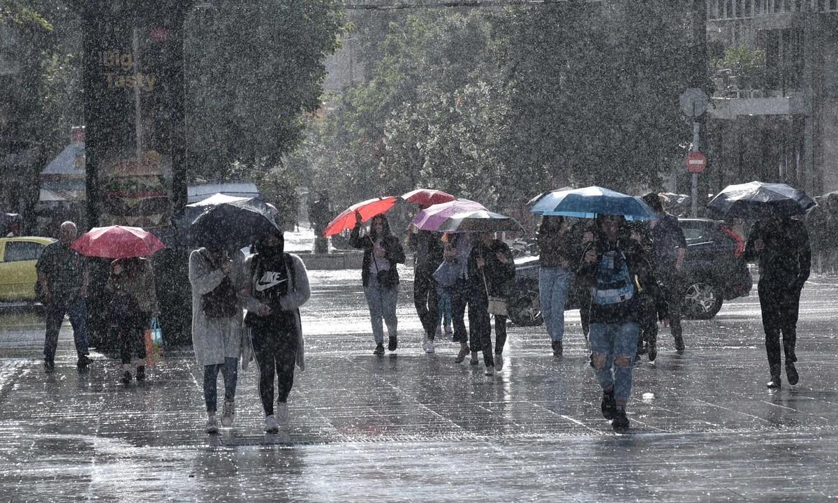 Καιρός 20/11: Τοπικά ισχυρές βροχές και καταιγίδες