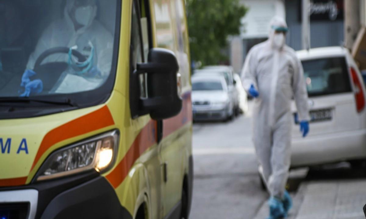Κορονοϊός: «Συναγερμός» στη Νίκαια για κρούσματα σε γηροκομείο