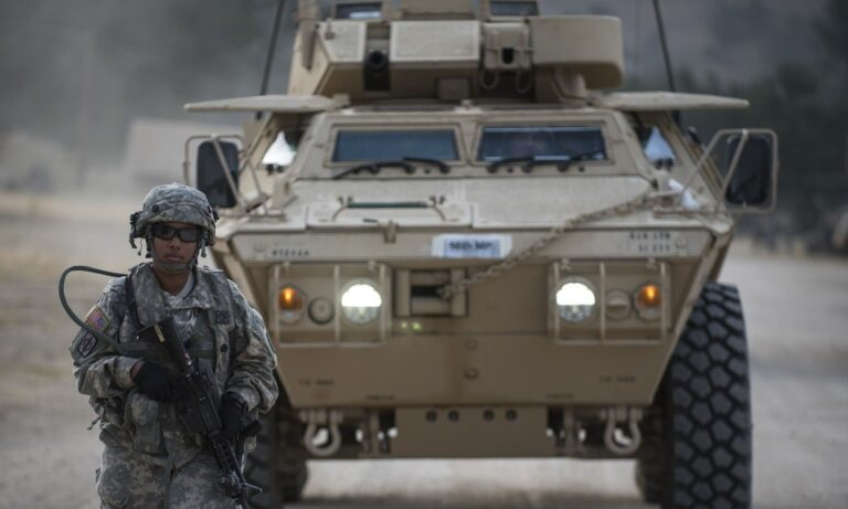 Έρχονται άμεσα «80 Μ1117» για τις ανάγκες του Στρατού Ξηράς