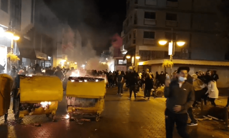 Κύπρος: Χαμός στη Λεμεσό λόγω των περιοριστικών μέτρων (pic, vids)
