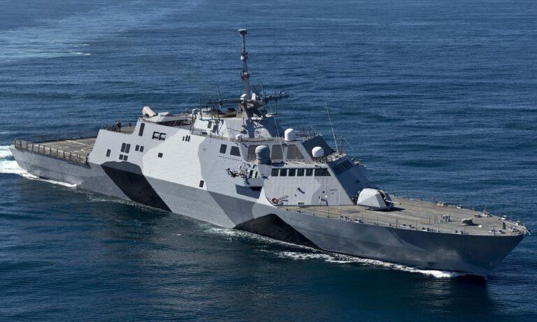 Φρεγάτες: «Τώρα είναι η τέλεια στιγμή για να βυθίσουμε το πλοίο μάχης Littoral Class Freedom», γράφει το αμερικανικό Forbes.
