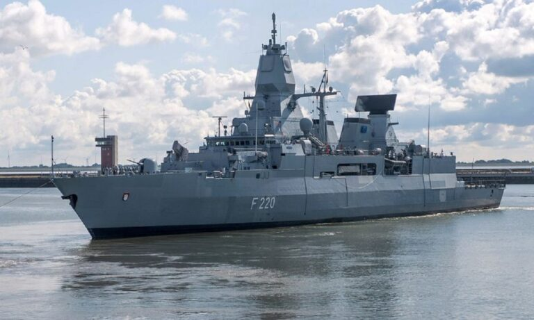 Τουρκία: Ανέβηκαν κομάντος για έλεγχο σε τουρκικό πλοίο με όπλα και τους έδιωξε η Μερκελ