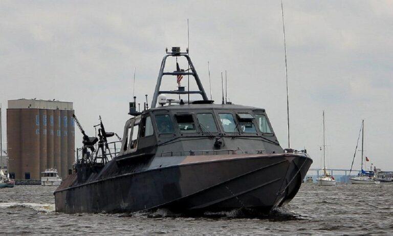 Ελληνοτουρκικά: Ξεκίνησαν δοκιμές τα ελληνικά σκάφη ανορθόδοξου πολέμου κατά των Τούρκων