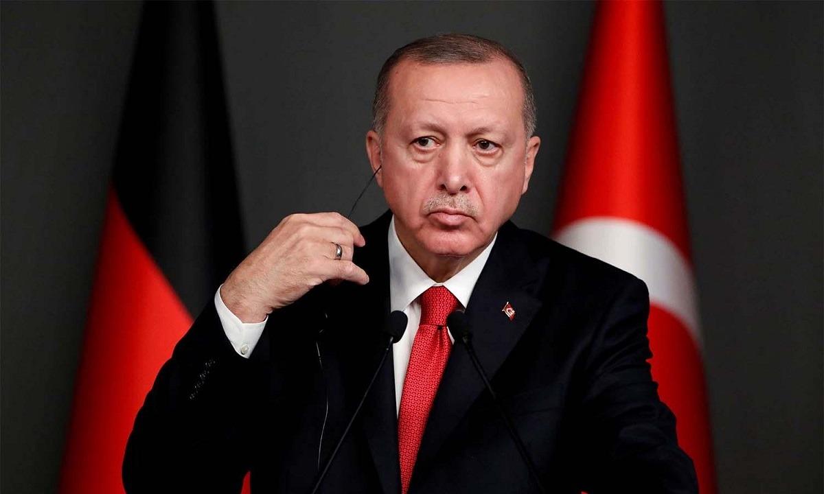 Τουρκία: Ο Ερντογάν και ο κατήφορος της λίρας