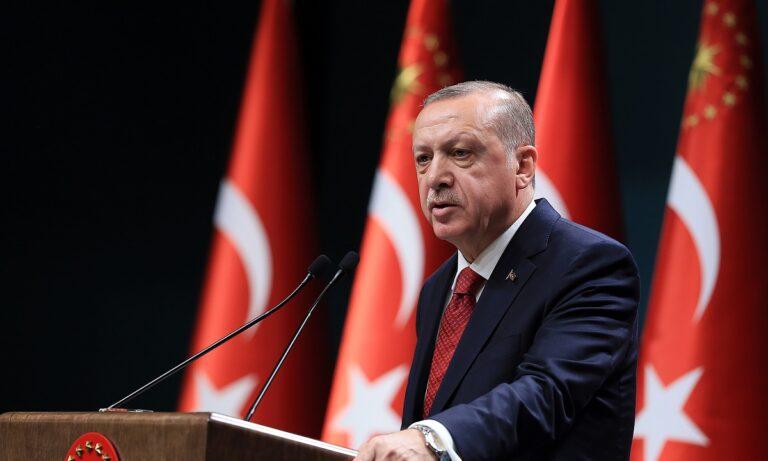 Ερντογάν: «Θα συνεχίσουμε τις έρευνες και με το Oruc Reis και με το Barbaros και με το Fatih»