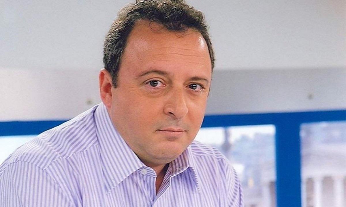 Δημήτρη Καμπουράκη αν κάποιος από τους δυο σας είναι γελοία προσωπικότητα δεν είναι ο Ντιέγκο Μαραντόνα…