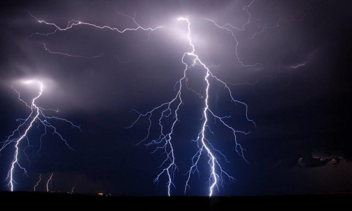 Καιρός 30/11: Βροχές και καταιγίδες