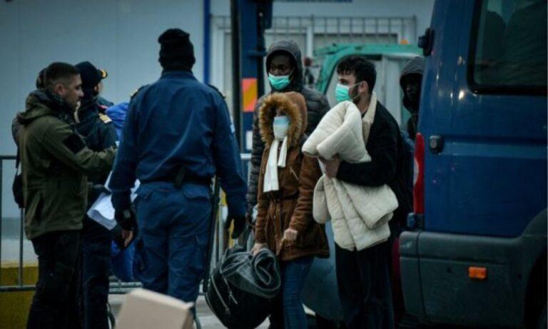 Μεταναστευτικό: Περισσότεροι από 1.000 πρόσφυγες αναχώρησαν από τα νησιά του Αν. Αιγαίου