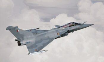 Οπλισμένα και με Έλληνες χειριστές θα προσγειωθούν το Μάιο στην Τανάγρα τα 6 Rafale