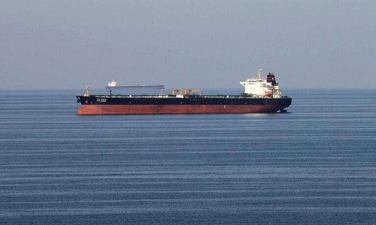 Ελληνικό τάνκερ χτυπήθηκε από νάρκη! – Tι αναφέρει η διαχειρίστρια εταιρεία του σκάφους