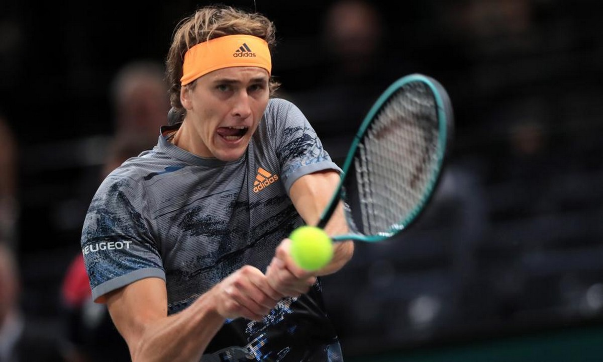 ATP Finals: Ζωντανός για την πρόκριση ο Ζβέρεφ