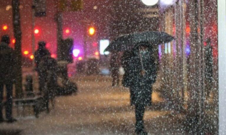 Νέα Υόρκη: Έριξε χιόνι υπερδιπλάσιου όγκου από τον περσινό χειμώνα! (vids)