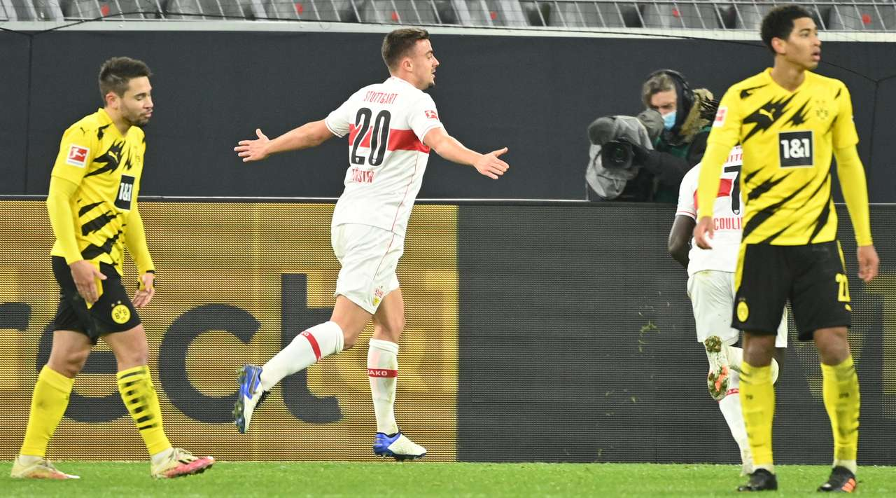 Bundesliga: Διασυρμός για Ντόρτμουντ, «τρικλοποδιά» από Ουνιόν σε Μπάγερν Μονάχου (vids)