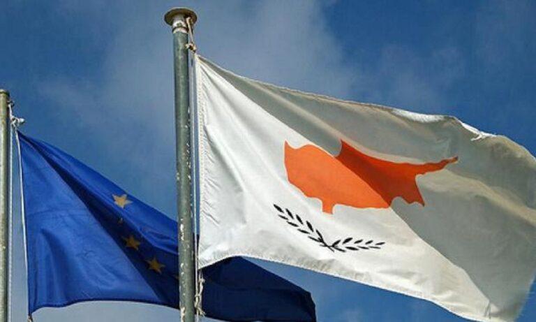 13/12/2002 -Κύπρος: Αποφασίζεται η ένταξή της στην Ευρωπαϊκή Ένωση (vid)
