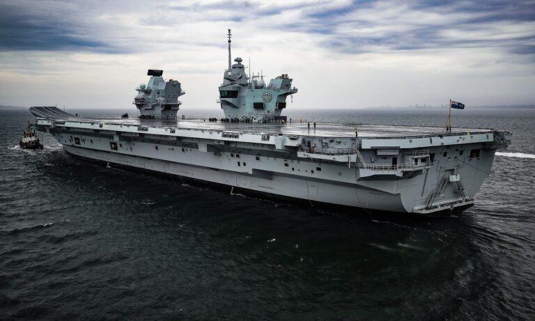 HMS Prince of Wales: «Μπάζει νερά» το καμάρι του ναυτικού της Μ.Βρετανίας (vid)