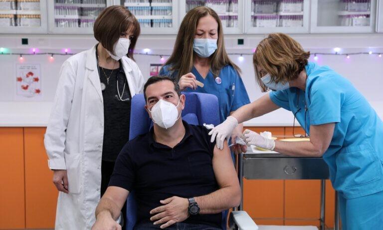 Κορονοϊός – Ελλάδα: Έκαναν το εμβόλιο Τσίπρας, Χρυσοχοΐδης και άλλοι πολιτικοί (vid)