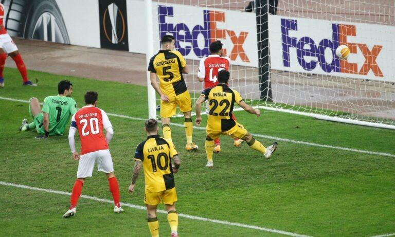 ΑΕΚ-Μπράγκα 2-4: Αμυνα για κλάματα!