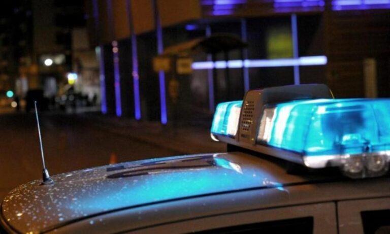 Πλατεία Αττικής: Έπεσαν πυροβολισμοί – Οι δράστες έφυγαν με ταξί και ξέχασαν το όπλο!