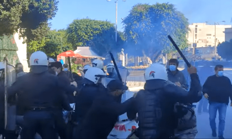 Δολοφονία Γρηγορόπουλου: Άγρια καταστολή διαδηλωτών στα Χανιά  (vid)