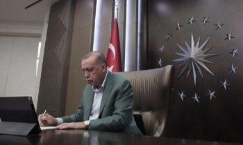 Ερντογάν: Καταρρέουν τα ποσοστά του στις δημοσκοπήσεις, σχεδόν 10% κάτω!