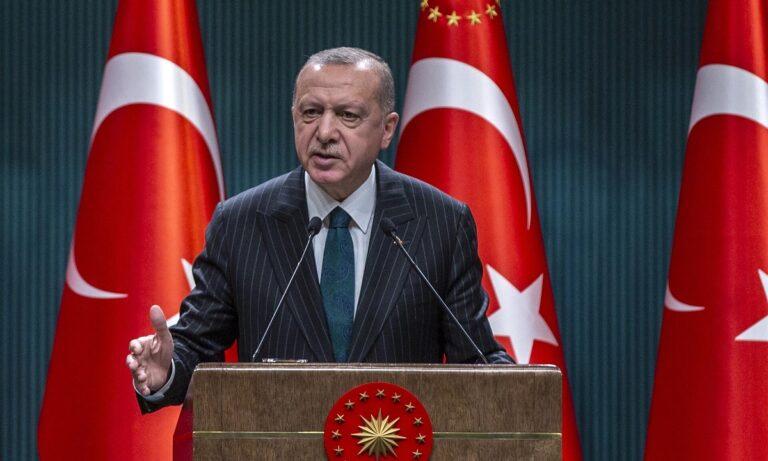 Η κυβέρνηση θέτει την «αποστρατιωτικοποίηση» των ελληνικών νήσων στις… ορέξεις του Ερντογάν