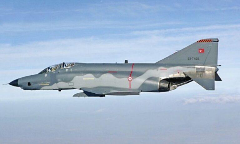 Τουρκία: Απίστευτη πρόκληση – Προσομείωση επίθεσης σε ελληνικό νησί με F-4;
