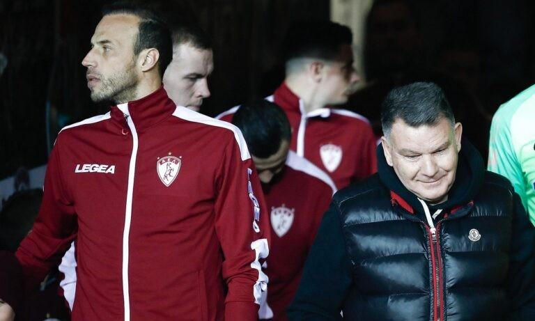 Αναλυτικά η σχετική ανακοίνωση της ΑΕΛ έχει ως εξής: «Συνάντηση με τον πρώην παίκτη της ΠΑΕ ΑΕΛ Βαγγέλη Μόρα είχε ο Αλέξης Κούγιας σήμερα το πρωί, στον οποίο πρότεινε