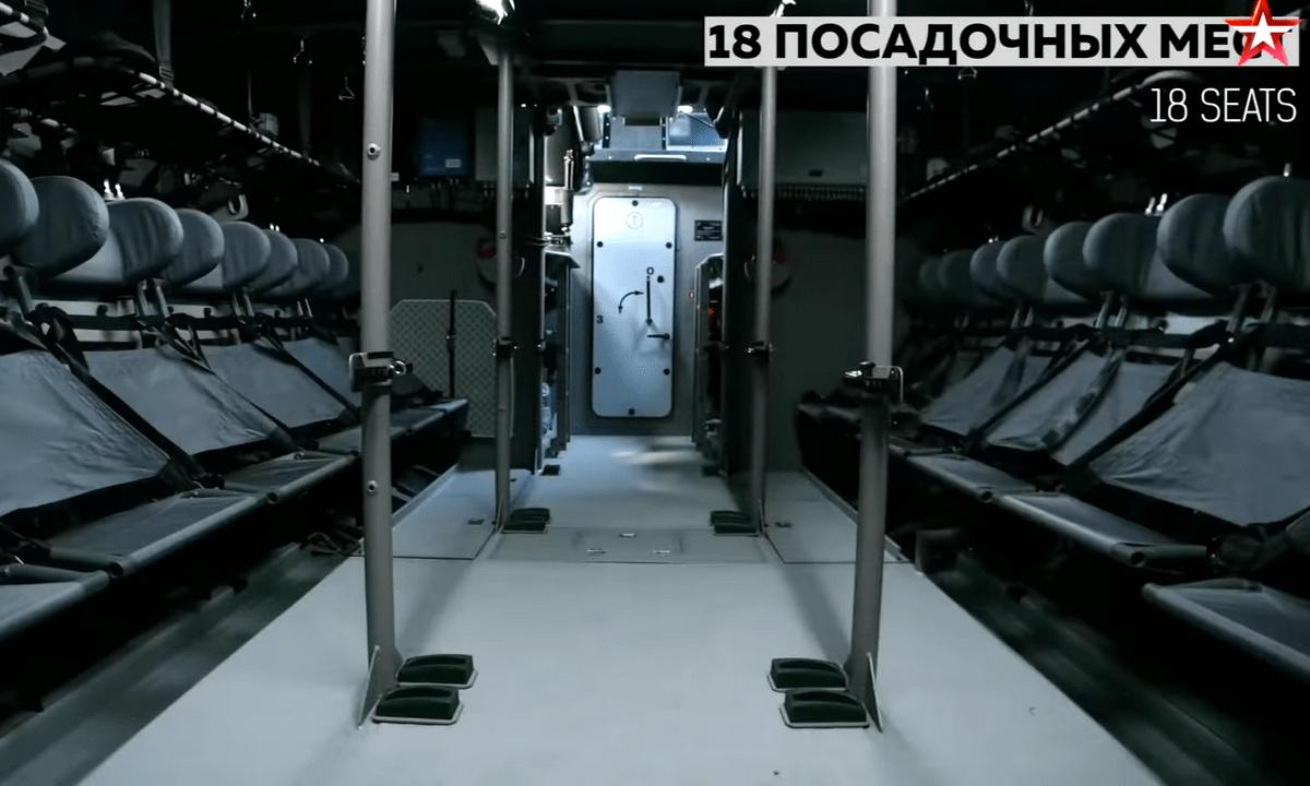 Πολεμικά σκάφη Καλάσνικοφ: Έτσι γίνεται μια επιχείρηση αποβίβασης πεζοναυτών (vid)