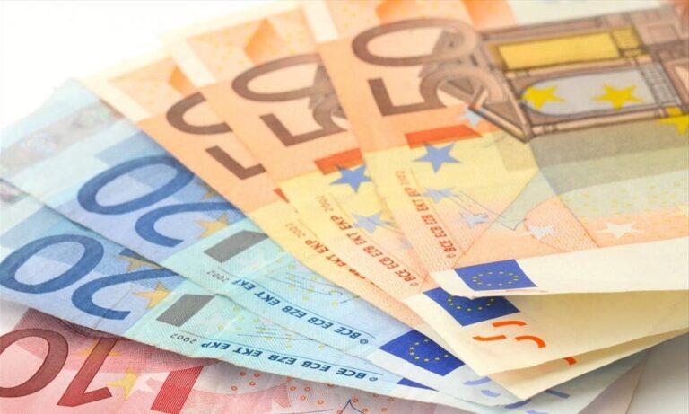 Πληρωμές Μαΐου: Ποιοι πάνε ταμείο τα επόμενα 24ωρα – Επιδόματα και δώρα