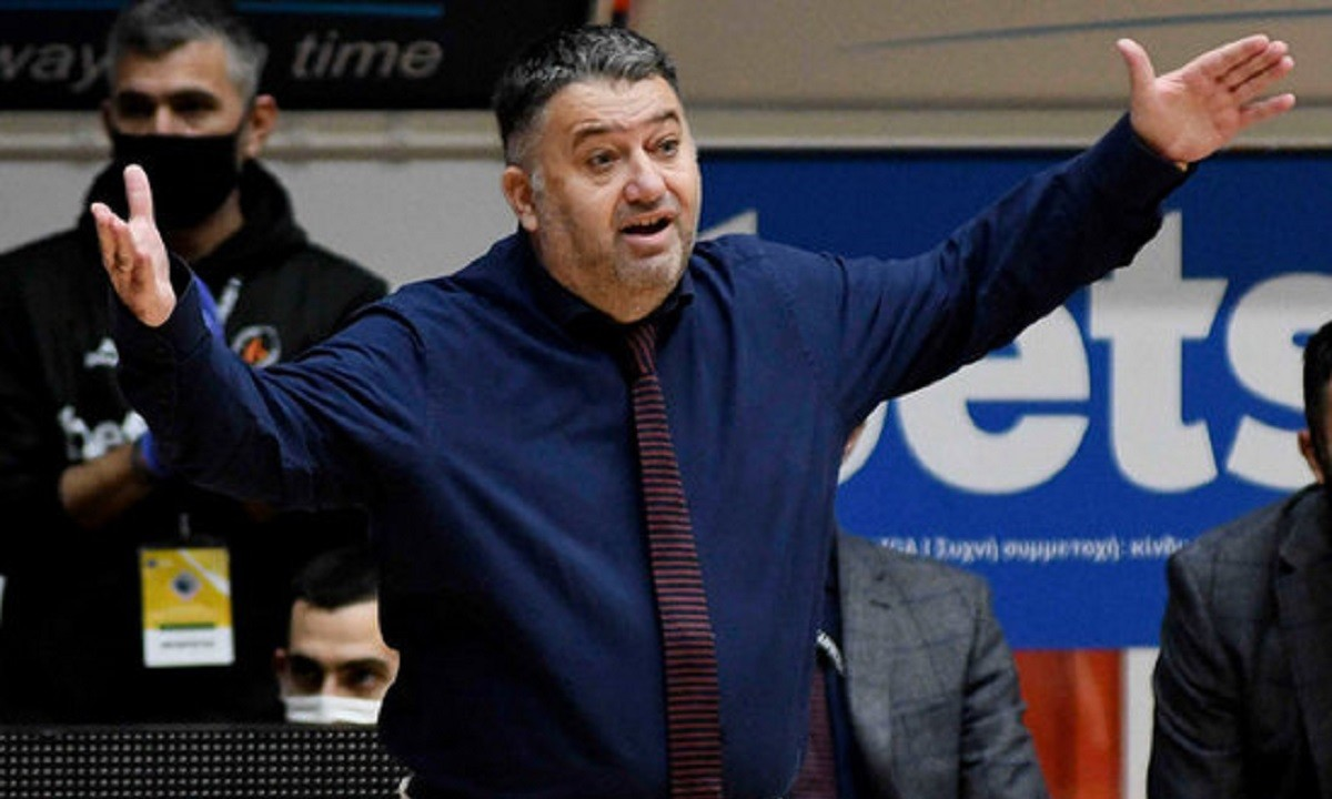 Γιατράς: Έφτασε τους 100 αγώνες στην Basket League