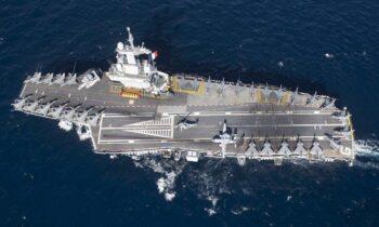 Ελληνοτουρκικά: Στο τέλος του μήνα θα πλεύσει στην Α. Μεσόγειο το γαλλικό αεροπλανοφόρο Charles-de-Gaulle.