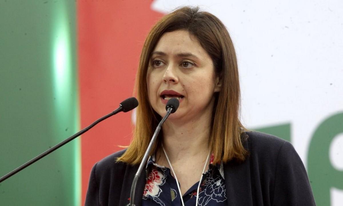 Ζέφη Δημαδάμα – Καταγγελία: Με παρενόχλησε κομματικό στέλεχος σε ασανσέρ