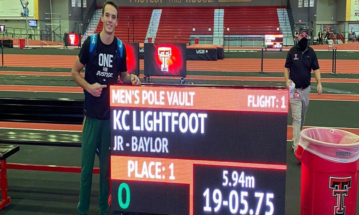 Απίστευτα πράγματα στο επί κοντώ, Κολεγιακό ρεκόρ ο Λάιφουτ με 5.94!