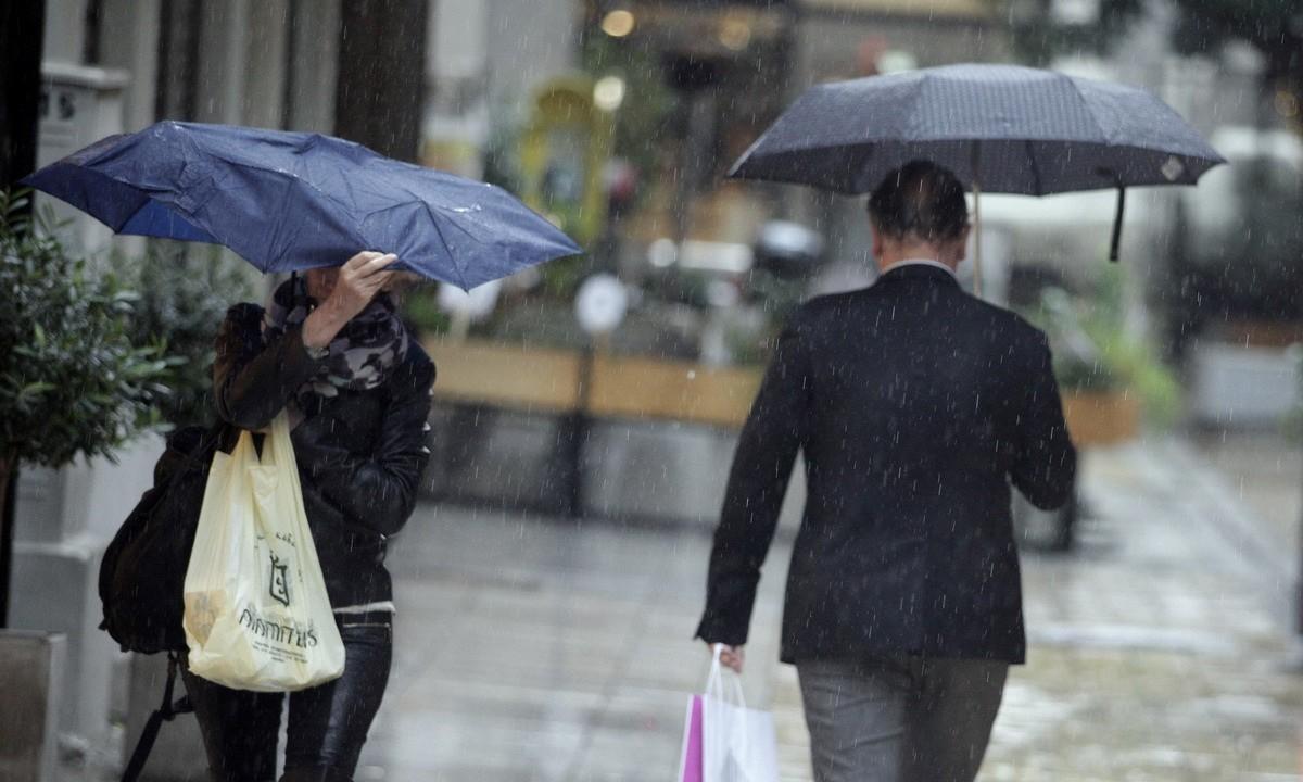 Καιρός (7/4): Βροχές και χιόνια στα ορεινά την Τετάρτη (vids)