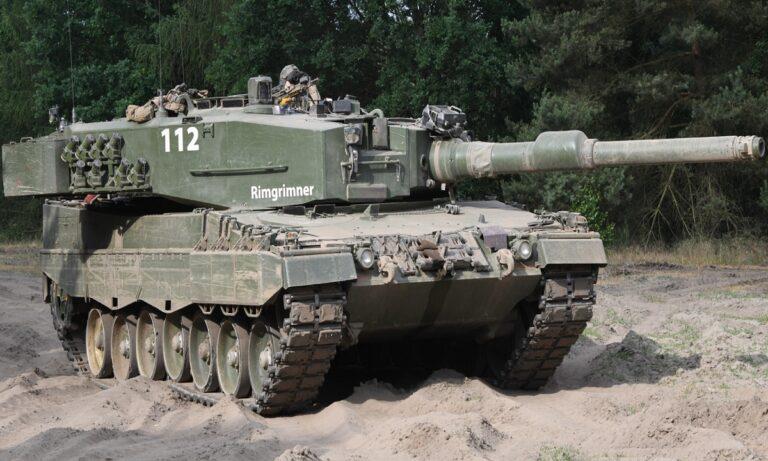 Ένοπλες Δυνάμεις: Μετά τους φρενήρεις ρυθμούς ενίσχυσης της Πολεμικής Αεροπορίας (σ.σ. σε... παρεξηγήσιμο βαθμό) σειρά έχει ο Στρατός.
