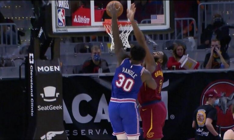 Top 10 NBA: Kαρφώνει ο Γιάννης – Στην κορυφή ο Ραντλ (vid)