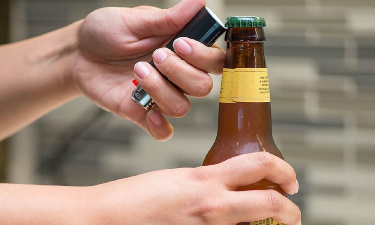 Viral: Οι πιο περίεργοι τρόποι να ανοίξεις μία μπύρα!