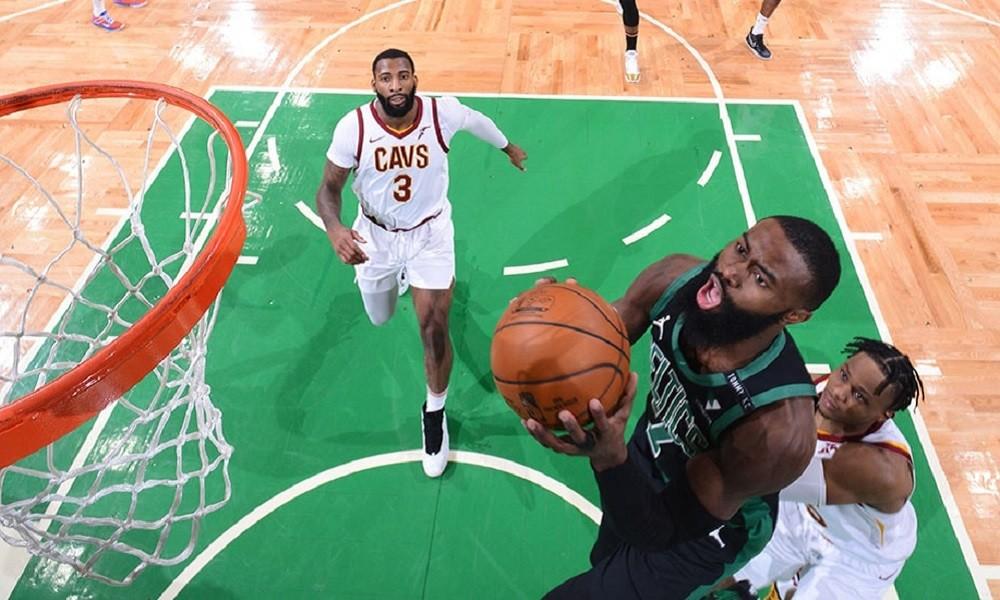 NBA Αποτελέσματα: Άνετοι οι Σέλτικς, καμία δυσκολία για τους Σπερς (vids)