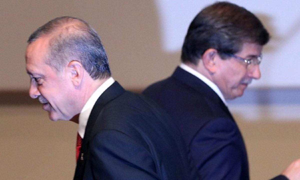 Τουρκία: «Θέλουν να σε καθαρίσουν», προειδοποιεί ο Νταβούτογλου τον Ερντογάν