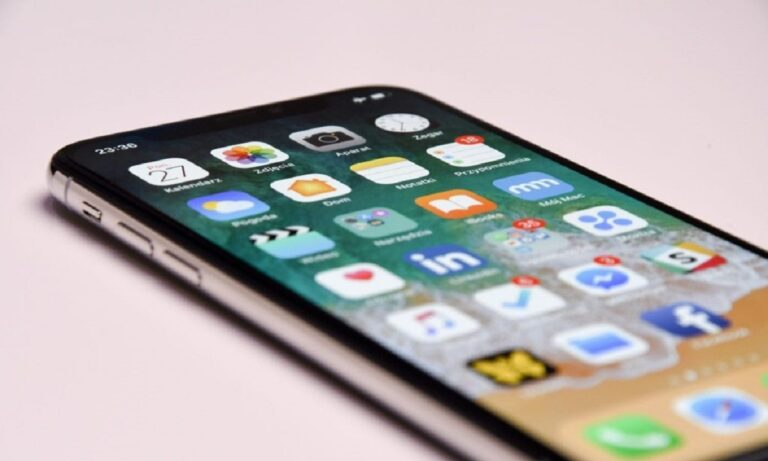 Χρεώσεις σε σταθερή και κινητή τηλεφωνία