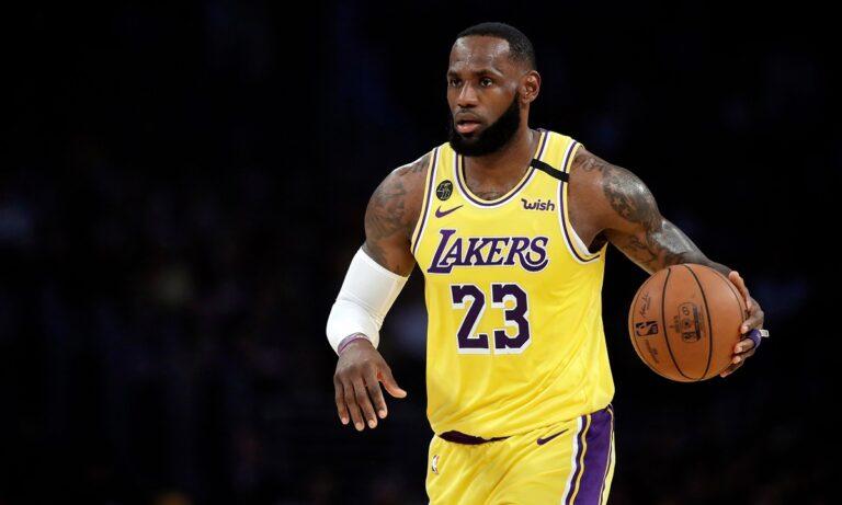 NBA: Εύκολα οι Λέικερς τους Ρόκετς, «καθάρισε» τους Νάγκετς ο Ντουράντ (vids)