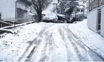 «Βόμβα» Αρναούτογλου: Προβλέπει 6ωρη χιονόπτωση μέχρι και σε παραλίες της Αττικής