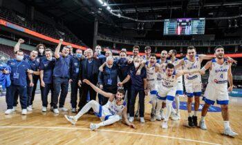 Ο Κώστας Παρίσης έκανε την τελευταία του αποστολή με την Εθνική ομάδα αλλά έδειξε το δρόμο προς όλους με τη συμπεριφορά του.