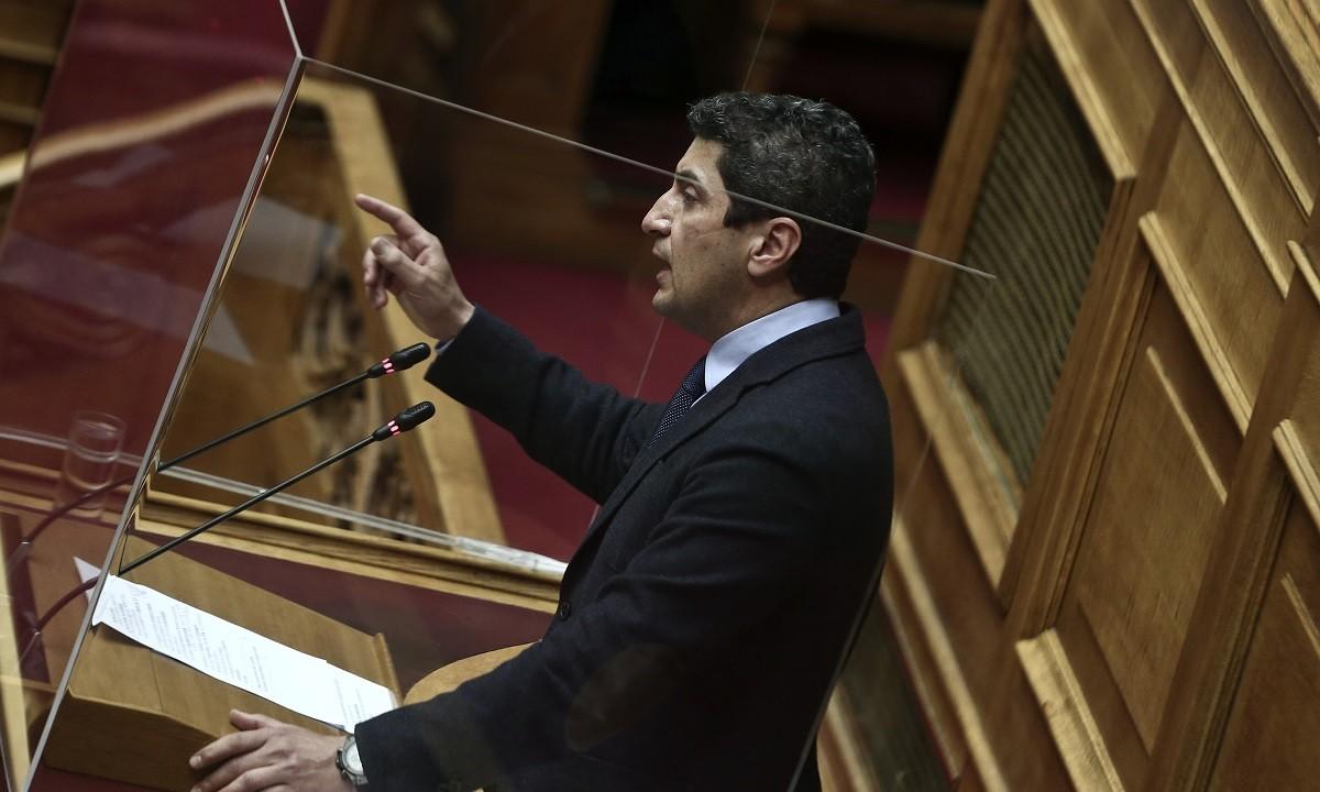 Ο Λευτέρης Αυγενάκης επιμένει στην πλατφόρμα «ΖΕΥΣ» επειδή θέλει να ελέγξει τον… πλειστηριασμό της ψηφοφορίας και όχι μόνο, σωστά;