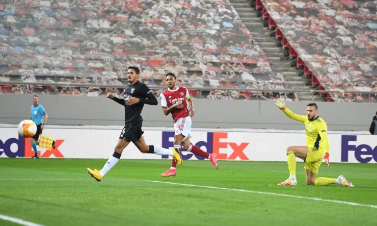 Άρσεναλ – Μπενφίκα: Οι «Κανονιέρηδες» επικράτησαν 3-2 στην Αθήνα της Μπενφίκα και πήραν σπουδαία πρόκριση στους «16» του Europa League.