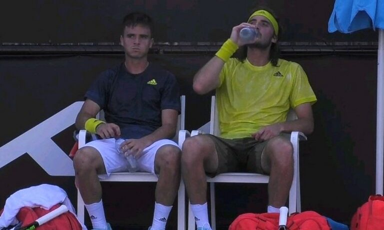 Australian Open: «Λύγισαν» οι αδερφοί Τσιτσιπά
