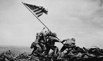 23 Φεβρουαρίου: Η Μάχη της Ιβοζίμα - Η φωτογραφία του Τζο Ρόζενταλ