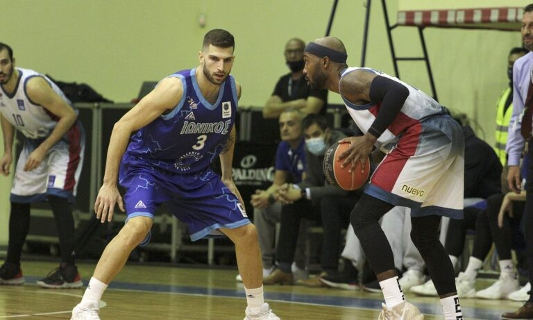 Πετρόπουλος: «Με αφετηρία την άμυνα να φέρουμε το ματς στα μέτρα μας»