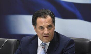 Γεωργιάδης: «Αν έπρεπε η Μενδώνη να παραιτηθεί, θα έπρεπε να έχω φύγει και εγώ»