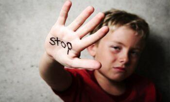 Νέο σοκ: Καθηγητής κακοποιούσε παιδί από 8 ετών!